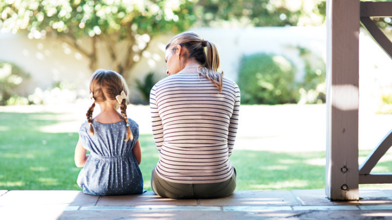 Annoncer un décès par suicide à un enfant